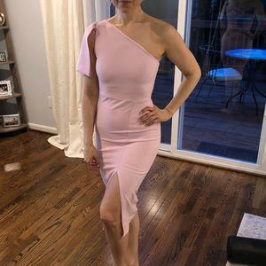 Pink one-shoulder side slit dress